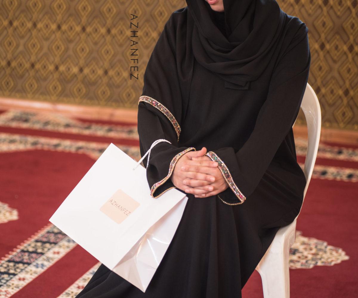 abaya azhanfez pierres couleurs